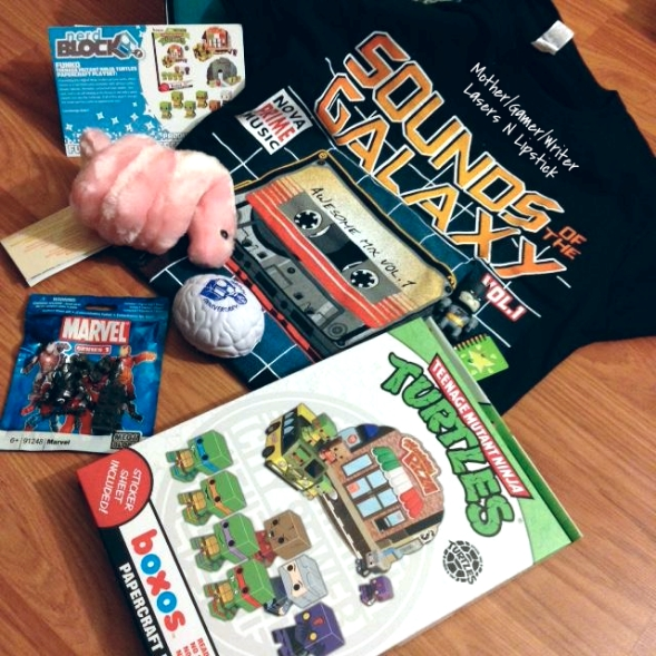 Nerd Block September 2014 unboxed all