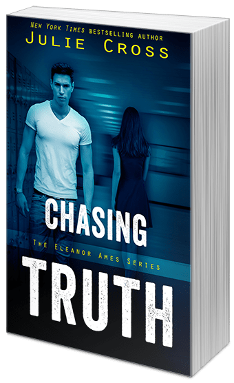 Interview With Julie Cross & Giveaway | Chasing Truth | #YA