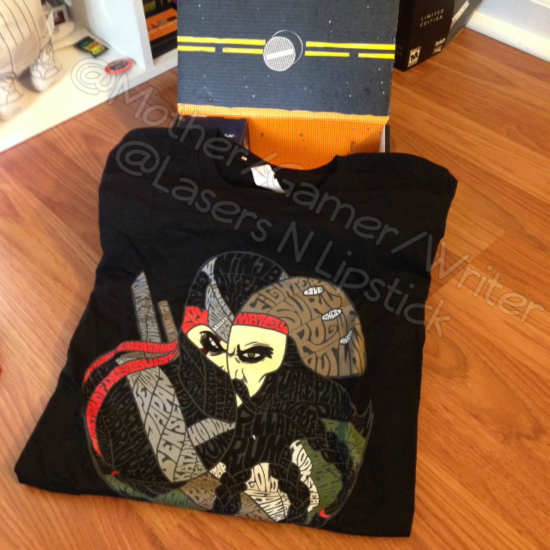 Loot Crate Unboxing November 2014  loot ninja and pirate shirt.png