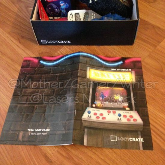 Loot Crate Unboxing November 2014  magazine front and back