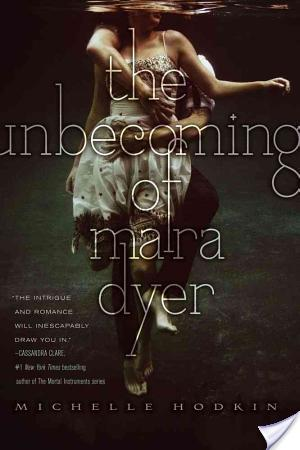Private: The Unbecoming of Mara Dyer (Mara Dyer #1) by Michelle Hodkin