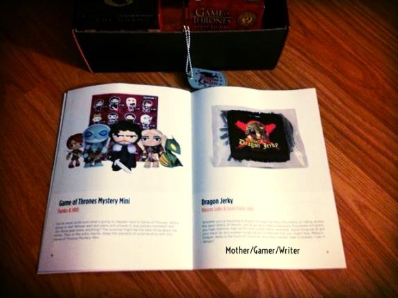 April Loot Crate 2014 - Dragons Mag