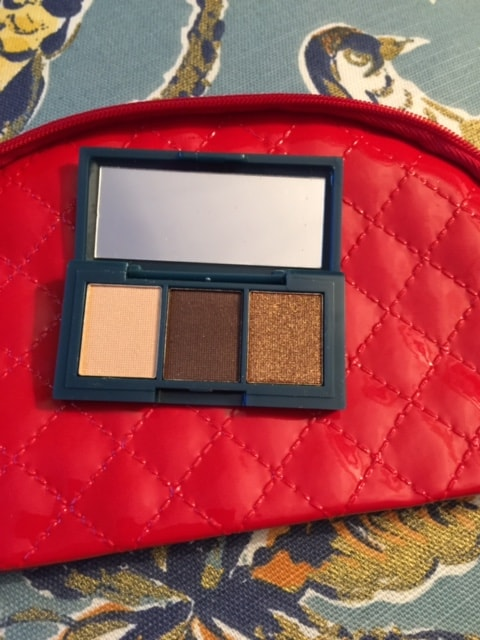 ipsy dec 2015 Peony Cosmetics eye shadow-min
