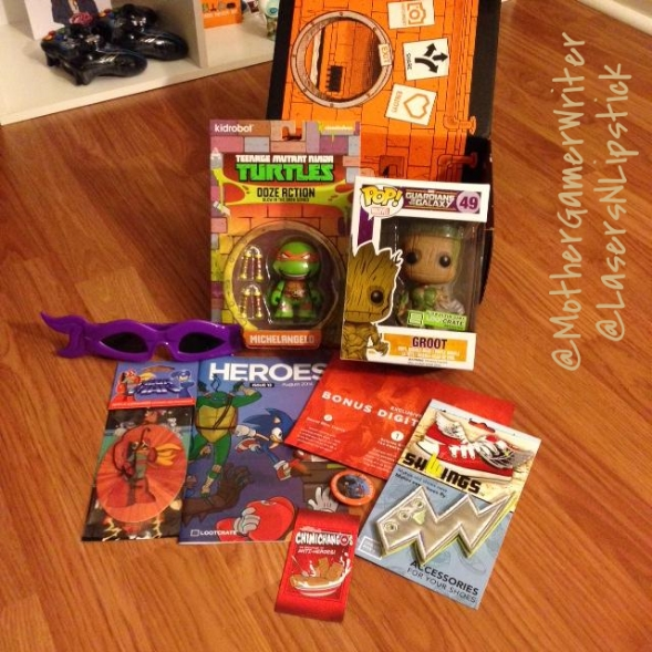 loot crate august 2014 ALL unboxed