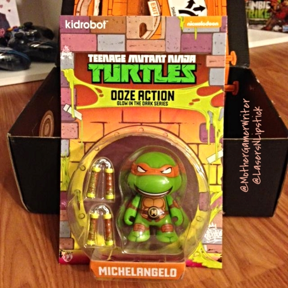 loot crate august 2014 ninja turtle toy