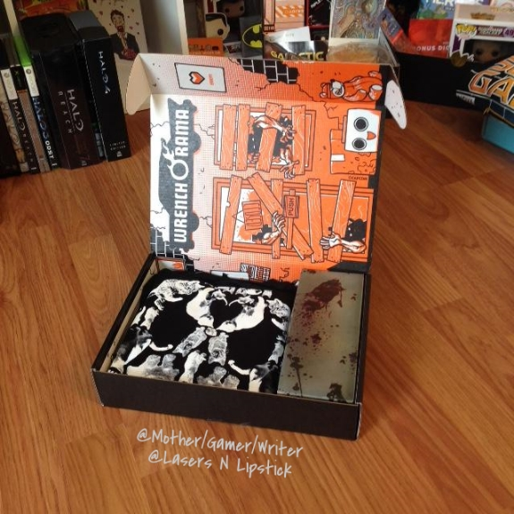 loot crate october 2014 open box
