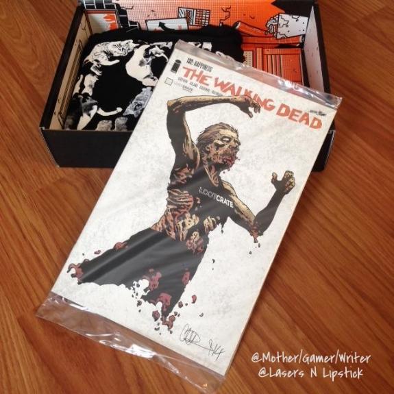 loot crate october 2014  walking dead comic