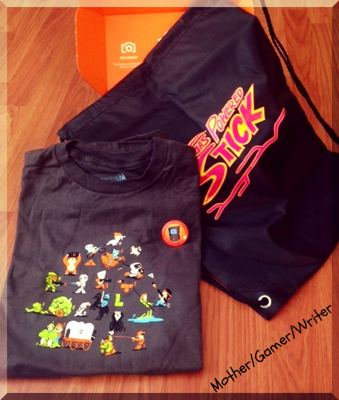 rsz_feb_loot_crate_shirt_and_bag